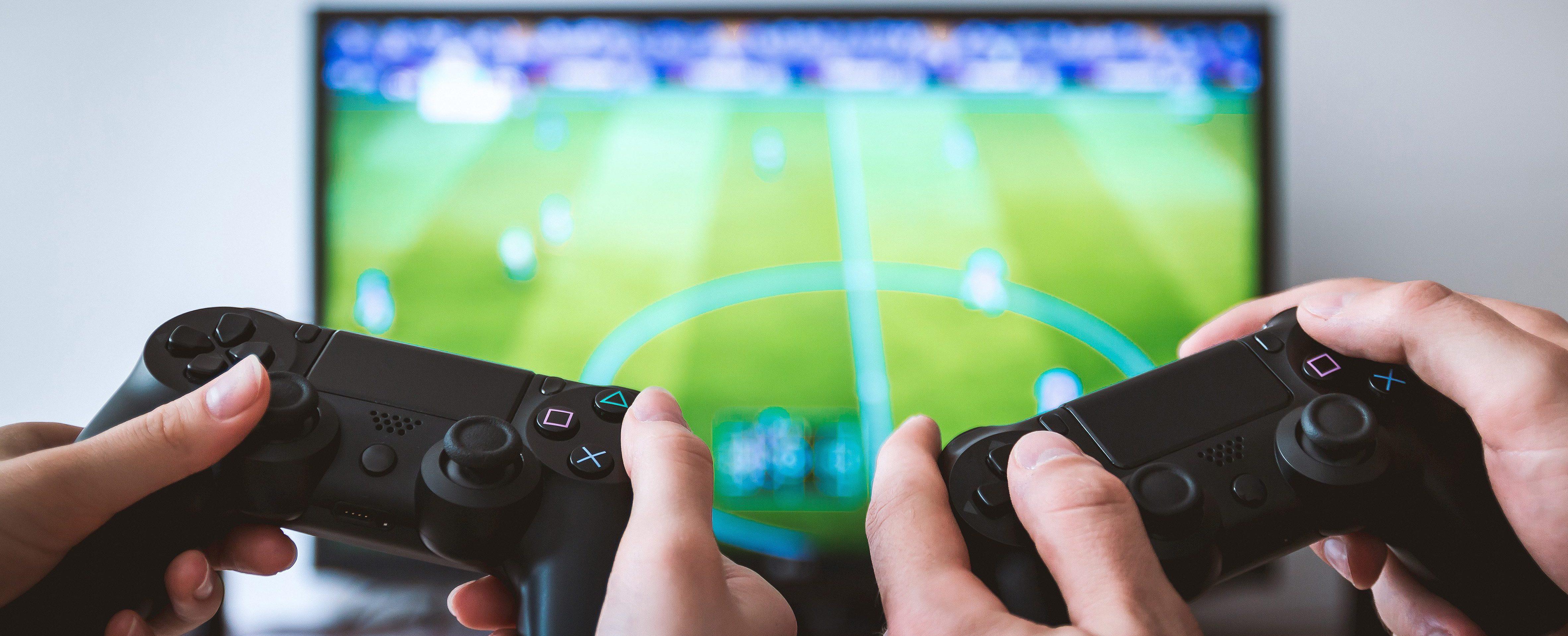 FIFA spelen